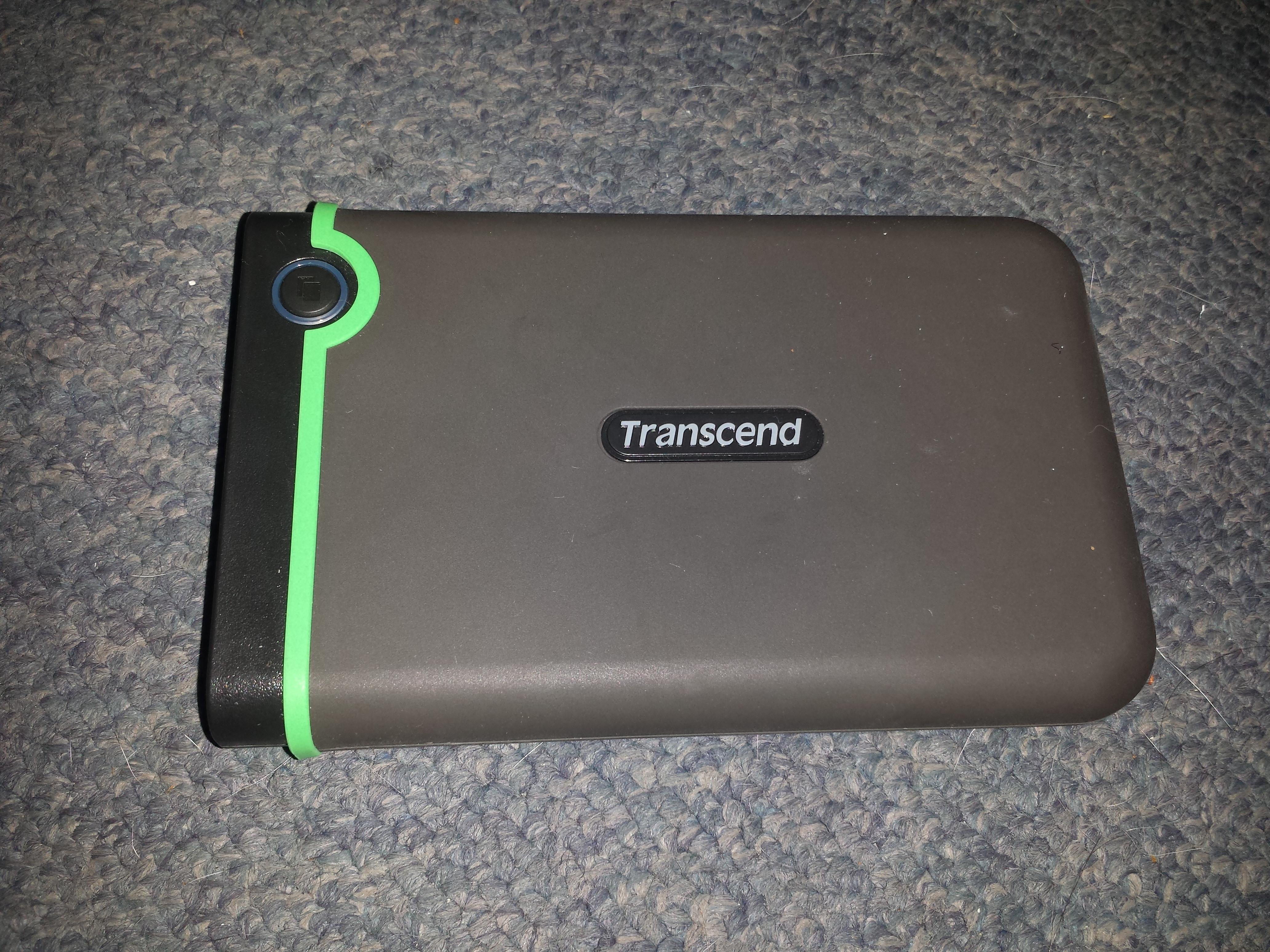 מבריק Info Bleach - סקירת הארד דיסק חיצוני נייד Transcend StoreJet 25M3 GG-27